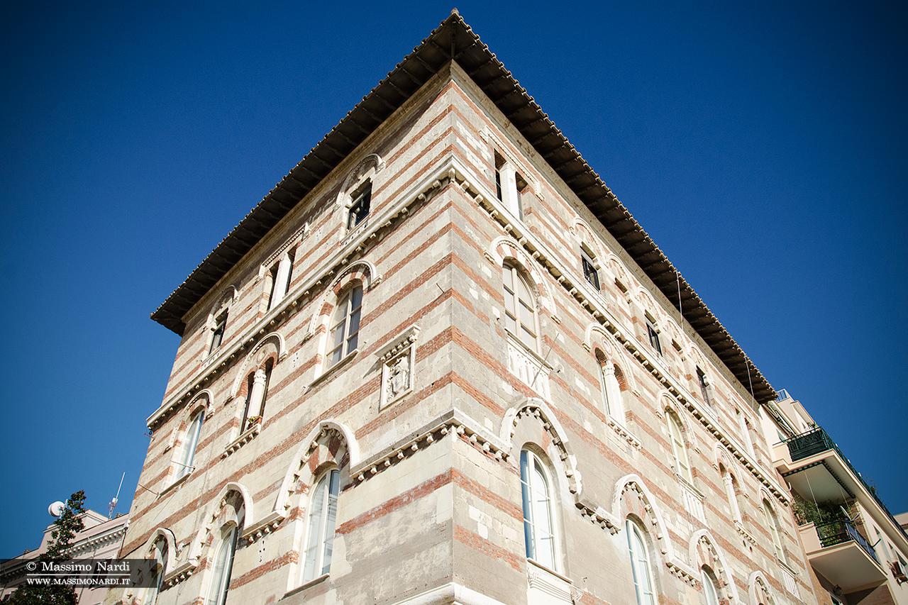 Palazzo Canestrelli.