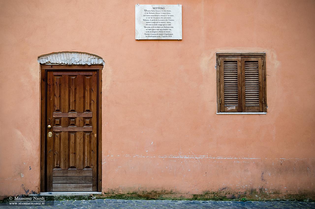 Targa in ricordo di Gianni Capobianco.